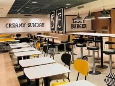 McDonald's in centrum Apeldoorn  even dicht voor vernieuwing