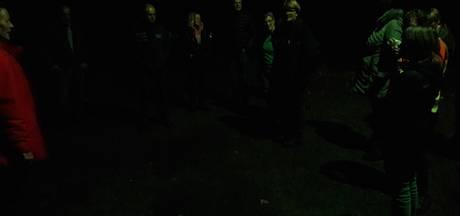 Op zoek naar het donker in bos bij Erp: 'Je beleeft het echt heel anders'