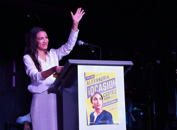 Alexandria Ocasio-Cortez werd bij de tussentijdse verkiezingen van deze week de jongste vrouw die ooit verkozen werd in het Amerikaanse Huis van Afgevaardigden.