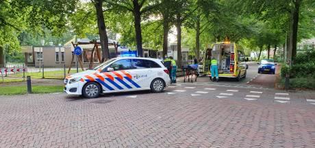 Gewonde bij botsing auto en scooter in Wageningen
