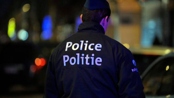 17-jarige opgepakt die molotovcocktail naar MIVB-bus gooide