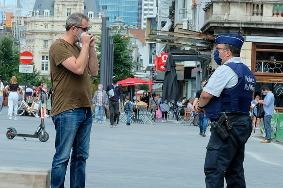 Beeld ter illustratie- Ook in Diest hield de politie controles op het dragen van een mondmasker.