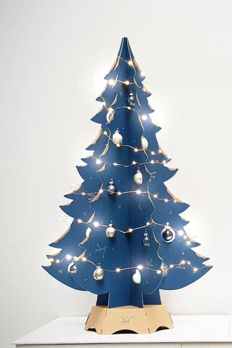 Nos alternatives au sapin de Noël traditionnel pour un gain de place et d'argent