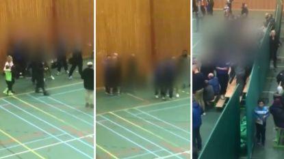 Jeugdtoernooi in Grimbergen ontaardt helemaal: ouders lopen het veld op om voor ogen van 7-jarige voetballertjes op de vuist te gaan