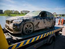 Bergingsbedrijf vist gestolen auto uit de Rijn