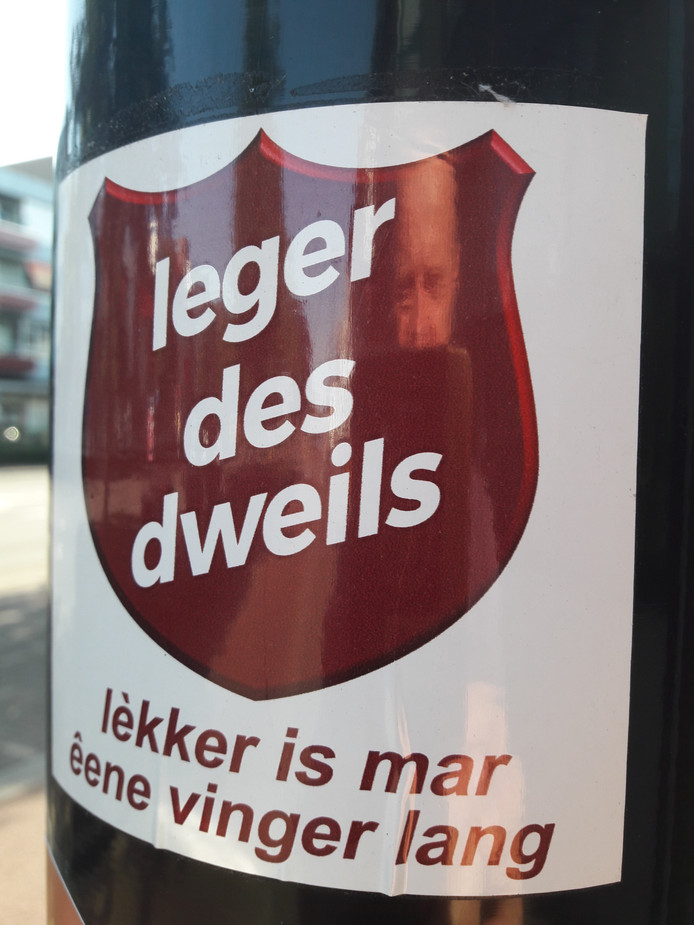 Leger des dweils stickertilburg