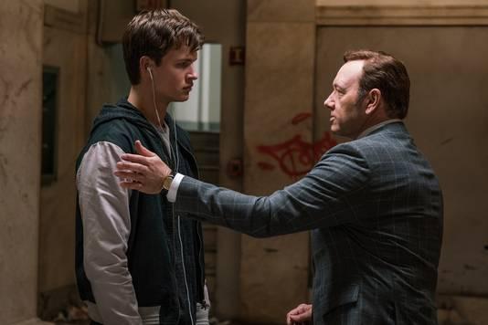 "Ansel Elgort et Kevin Spacey, dans ""Baby Driver""."