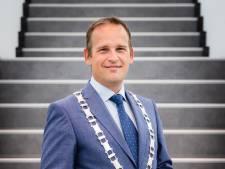 Burgemeester krijgt eindelijk officieel zijn ambtsketen