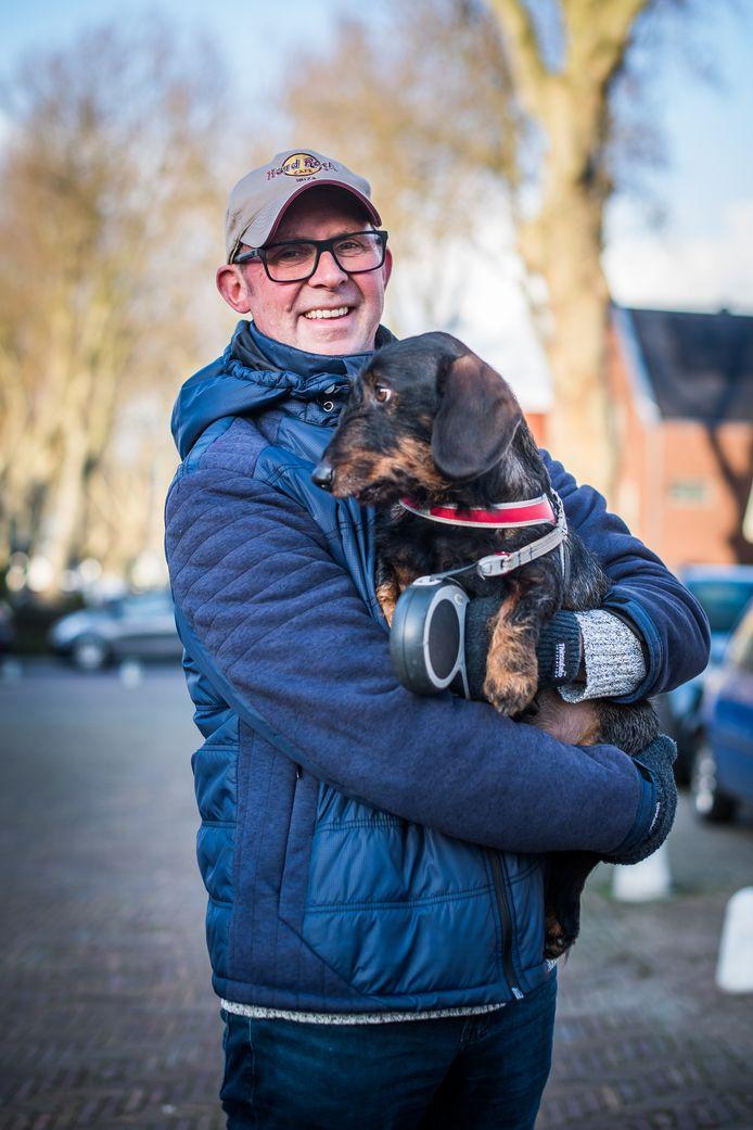 Frank Hetum met hond Wally.