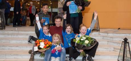 Jamano Kertokarijo krijgt Sportprijs Epe