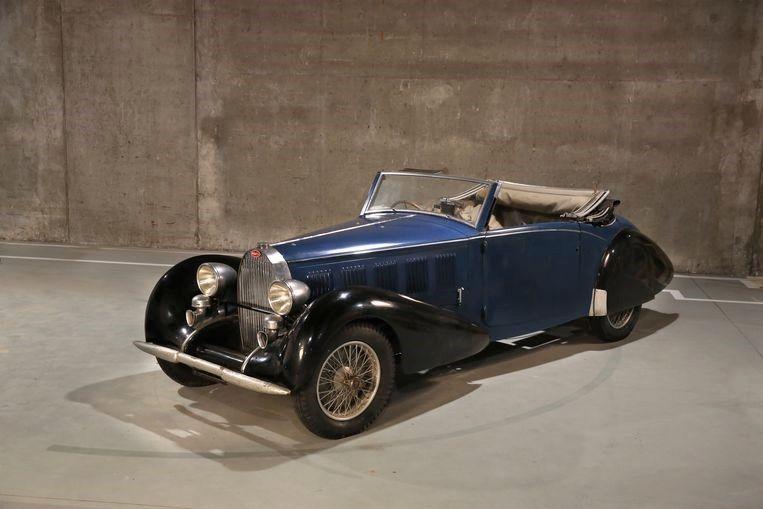 Een van de drie Bugatti-oldtimers.