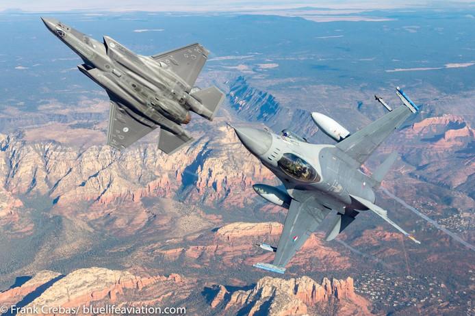 Dichterbij een F-35 in volle vlucht komen, is bijna onmogelijk