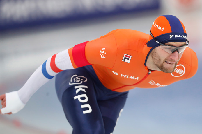epa07339183 Dutch Thomas Krol in action during the Men's 1000m race at the ISU Speed Skating World Cup in Hamar, Norway, 02 February 2019.  EPA/Terje Bendiksby  NORWAY OUT