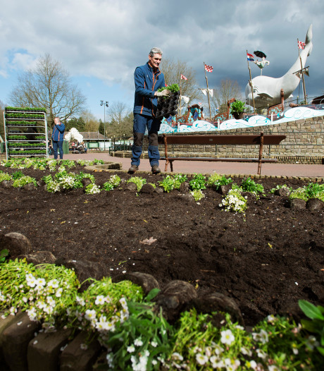 Met 45.000 vroege bloeiers krijgt de Efteling weer kleur