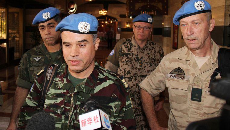 De eerste vijf VN-waarnemers Beeld AP