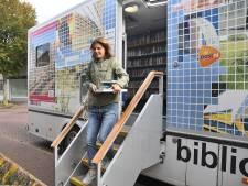 Bibliobus komt voor de laatste keer naar Wilhelminadorp en 's-Heer Hendrikskinderen