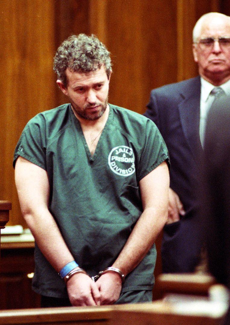 Barry Bennell bij een eerste arrestatie in 1995.