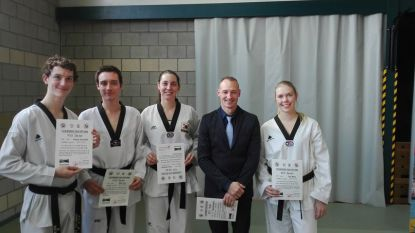 Taekwondoka's slagen voor belangrijk examen