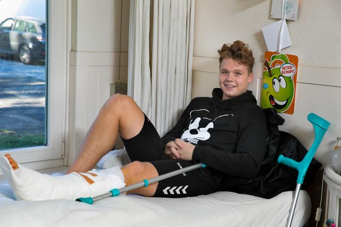 Ward Veldpaus brak al vroeg in het seizoen zijn kuitbeen.