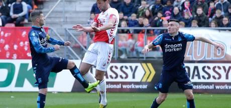 Bezwete FC Utrecht-shirts van Janssen en Van der Maarel leveren geld op voor WKZ