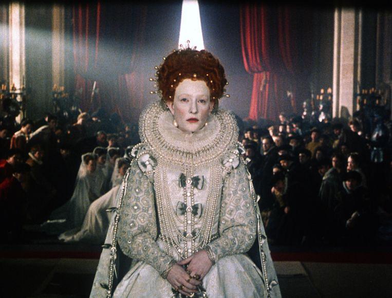 Cate Blanchett als Elizabeth I in Elizabeth. Beeld