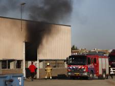 Flinke rookontwikkeling door brandende pallet in Katwijk