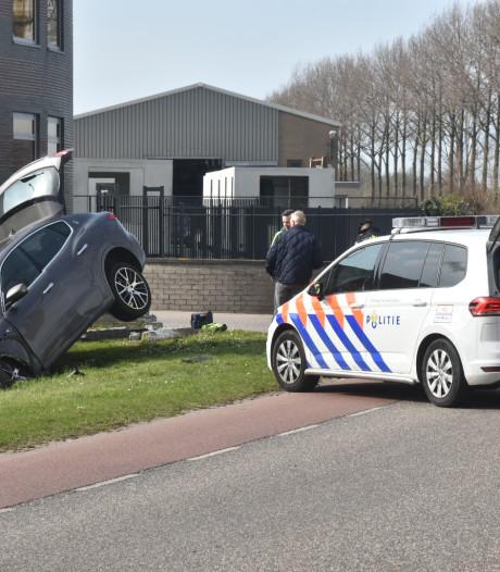 Gewonde bij botsing tussen twee auto's in Terneuzen