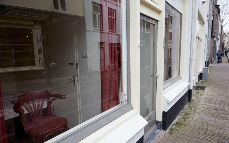 De prostitutieramen in de Hardebollenstraat in Utrecht werden drie jara geleden gesloten wegens verdenkingen van mensenhandel Beeld anp