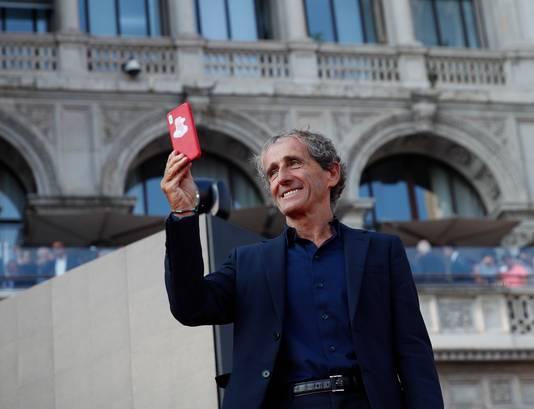 Ook Alain Prost was van de partij op het Piazza del Duomo.