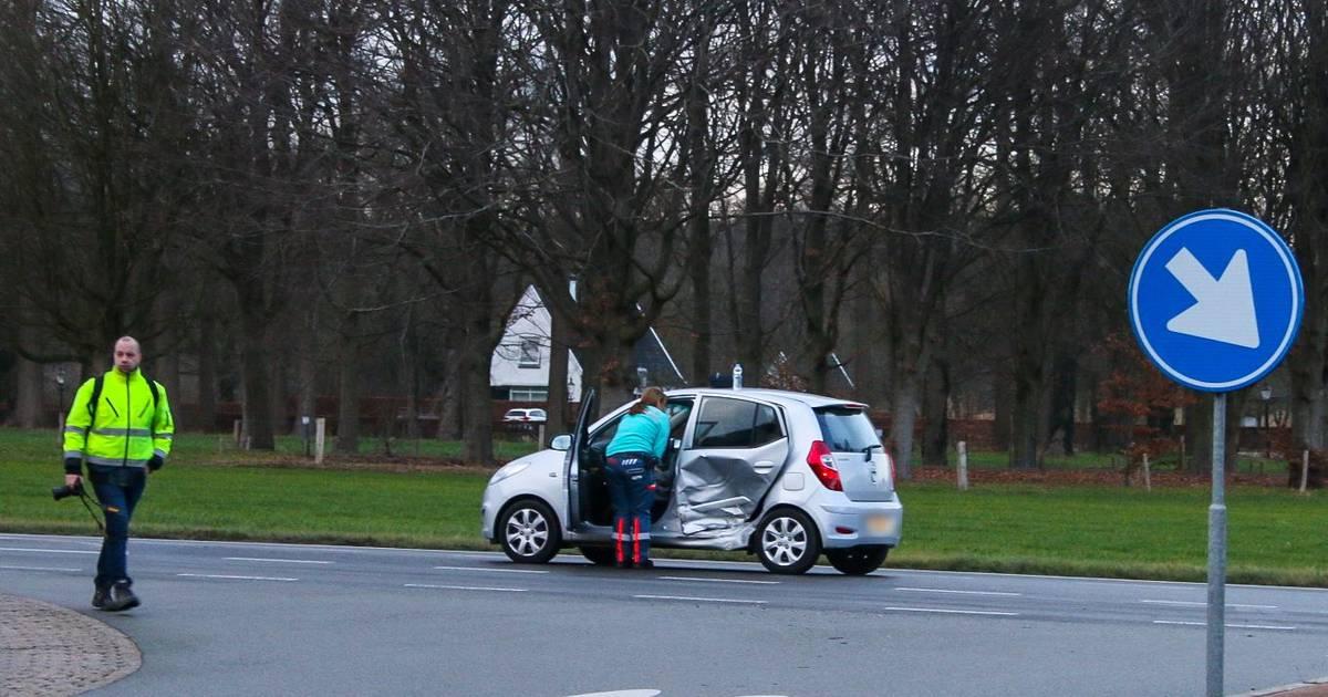 Gewonde bij botsing op kruising in Warnsveld.