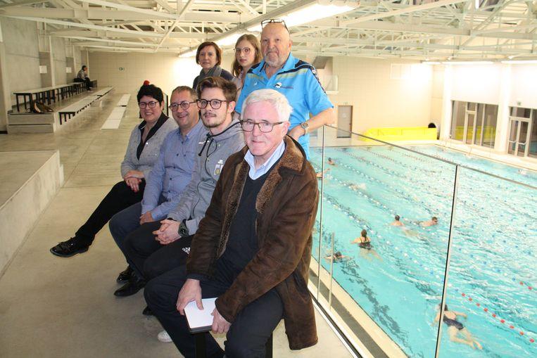 Diksmuidse zwemclub Bruinvissen en de sportdienst werken samen voor uniforme zwemlessen