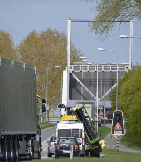 Storing Elburgerbrug na bijna twee uur verholpen