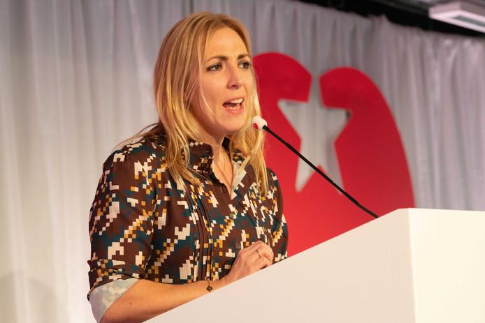 SP-leider Lilian Marijnissen houdt een toespraak tijdens de partijraad in Amersfoort.