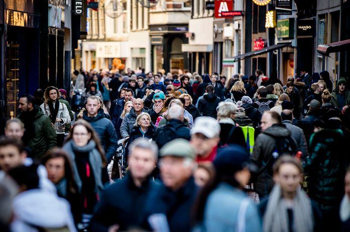 Black Friday, een koopjesdag overgewaaid uit de Verenigde Staten, bleek vorig jaar de drukste dag in de winkelstraten.