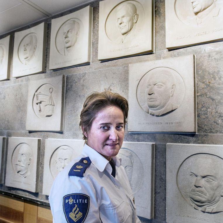 Hanneke Ekelmans, hoofd recherche Politie Amsterdam. Beeld Guus Dubbelman / de Volkskrant