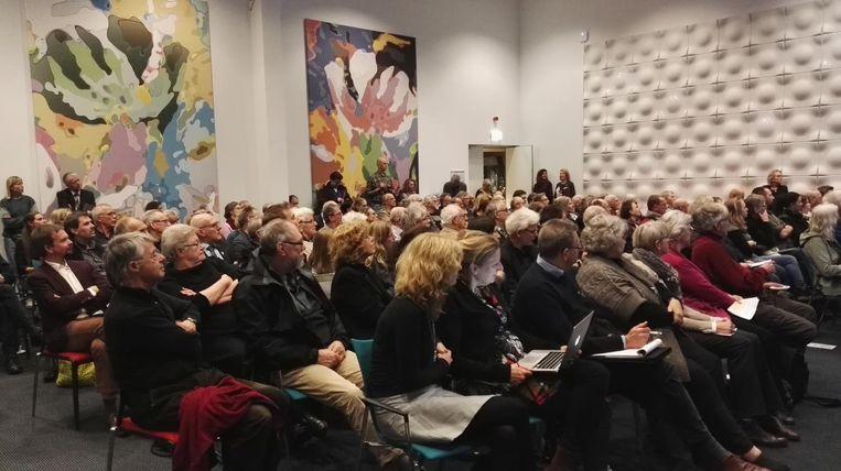 De zaal zat vol bij de hoorzitting over de Oostvaardersplassen. Beeld Trouw