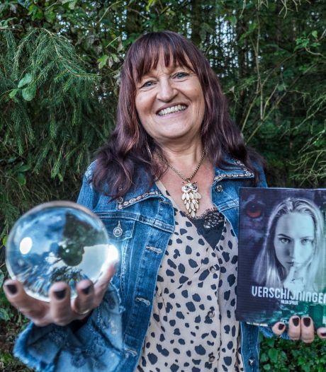 Gouden kalf winnaar vol lof over nieuwe roman van Zoetermeerse schrijfster Hilda Spruit