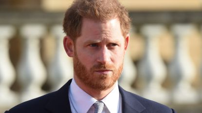 """Prins Harry in emotionele toespraak: """"Triest dat het zo ver heeft moeten komen, maar ik had geen andere keuze"""""""