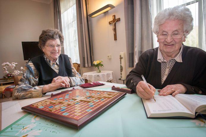 Na 65 jaar afscheid van Maria Mater Dei. De jongste zuster, Aloysia, is 79. De oudste is Gummara, die is al 100.