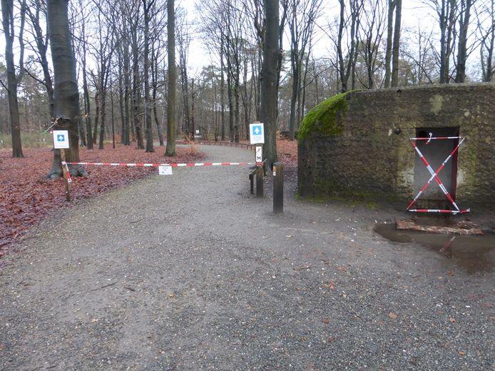 Het Loopgravenpad is door de hevige regenval tijdelijk afgesloten