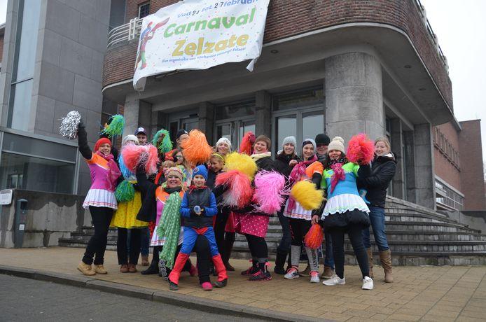 De Werkgroep Carnaval wil Zelzate toch nog een alternatief voor carnaval aanbieden. Dit beeld werd vorig jaar voor corona genomen.