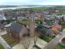 Elke 'tik' is er nu eentje te veel voor Ochtense kerkklok uit 1643