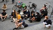 """Platform Let's Talk Leopold voert actie aan stadhuis van Leuven: """"Tijd voor structurele maatregelen tegen racisme"""""""