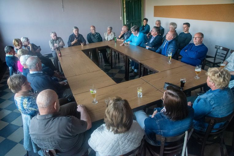 Het Actiecomité gaf donderdagavond een stand van zaken over het RUP Blauwe Paal en de bouw van 44 nieuwe woningen in de wijk.