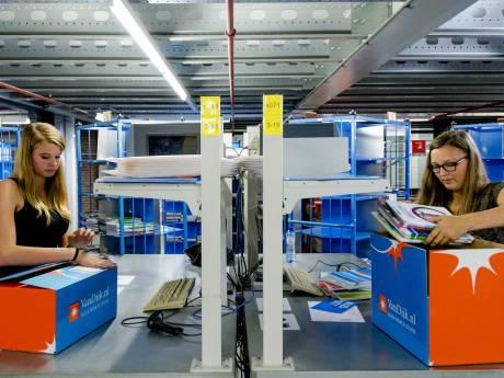 Schoolboekenleverancier uit Kampen schrapt 60 banen: 'Dit doet pijn'