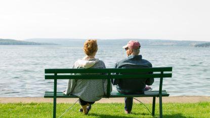 Sparen, verzekeren of toch beleggen? Zo verzeker je je van voldoende inkomen na je pensioen