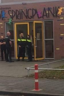 Ouders woest over 'seksspelletjes' op basisschool in Den Bosch, twee beveiligers bewaken schooldeuren