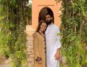 Manon en Robin in de residentie van Hisham in Marrakesh.