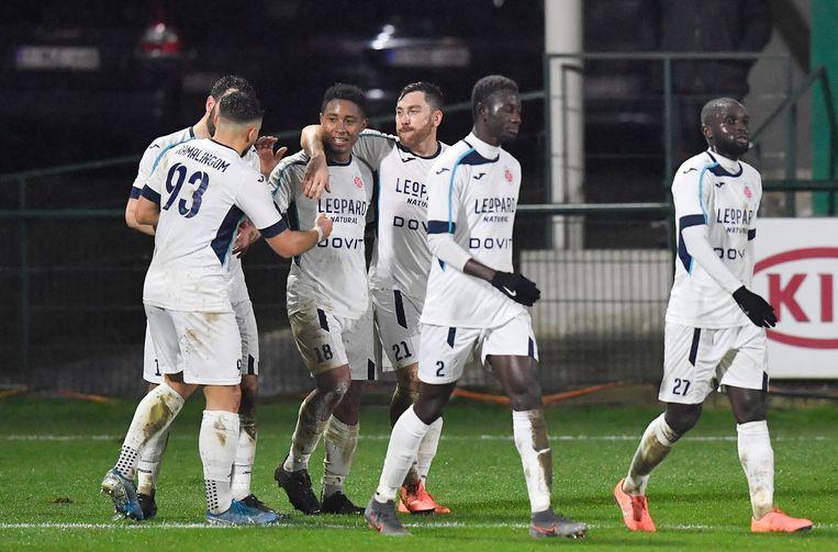 1B-club Virton gaat als eerste Belgische professionele voetbalclub technische werkloosheid aanvragen voor spelers en staf