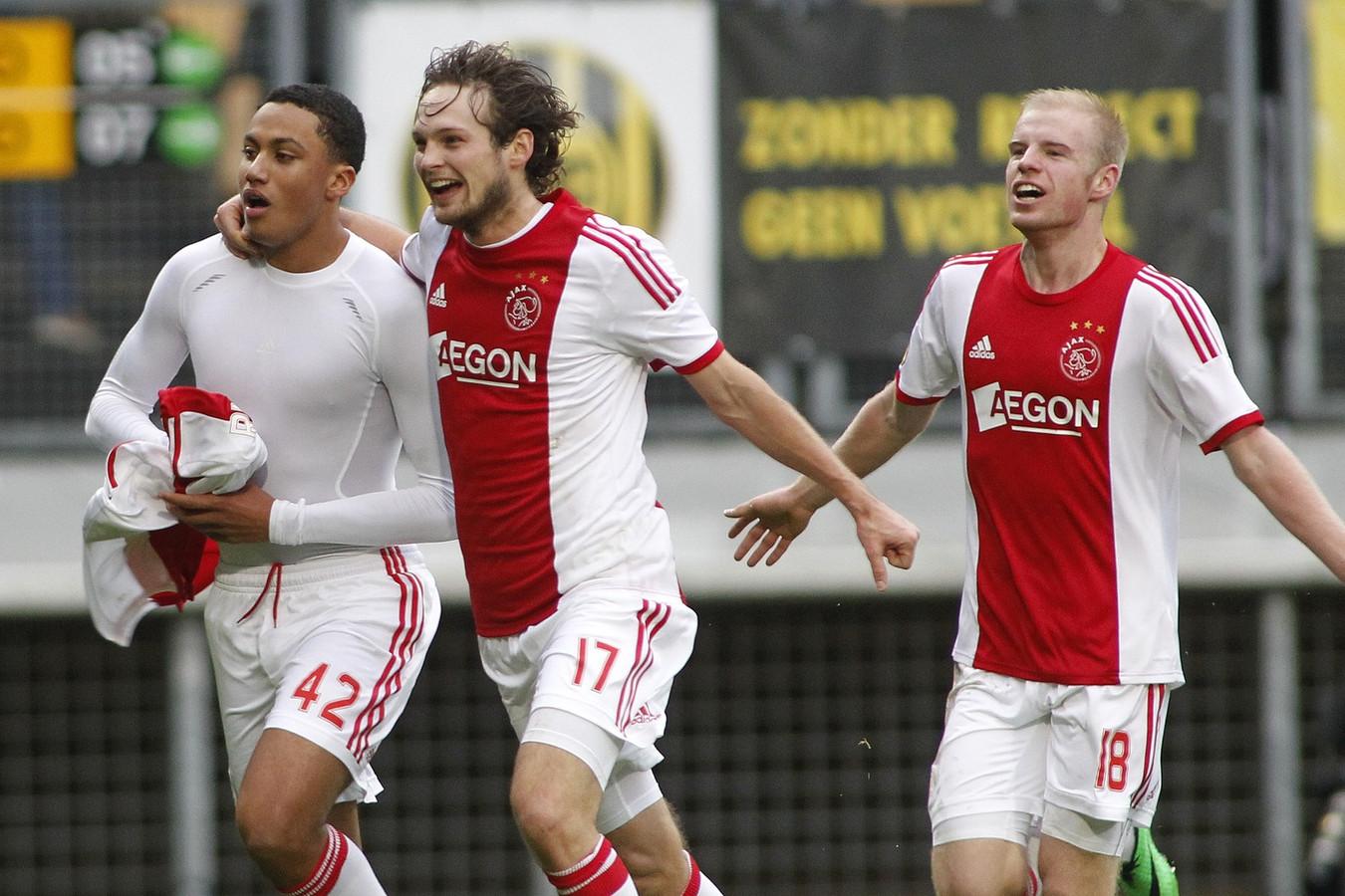 Oliniik redt punt voor Vitesse tegen Willem II   Foto   AD.nl